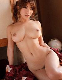 small cock asian shemale porn pics