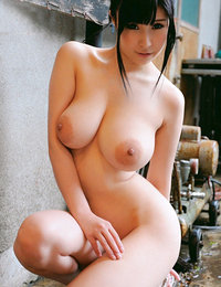 shaved asian girl porn pics